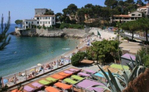 Hotel de la plage hotel cassis r servez au meilleur prix for Meilleur prix hotel