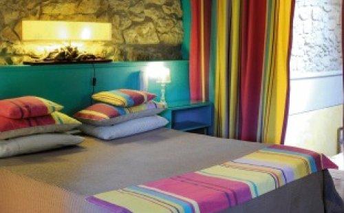 le jardin d 39 emile hotel cassis r servez au meilleur prix. Black Bedroom Furniture Sets. Home Design Ideas